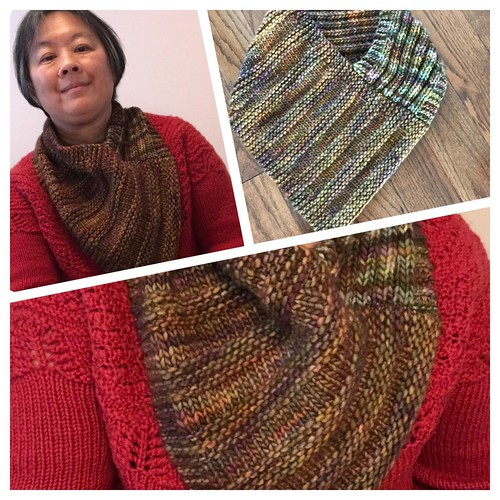 I knit a simple neck warmer for an upcoming beginner class...Pattern soon!