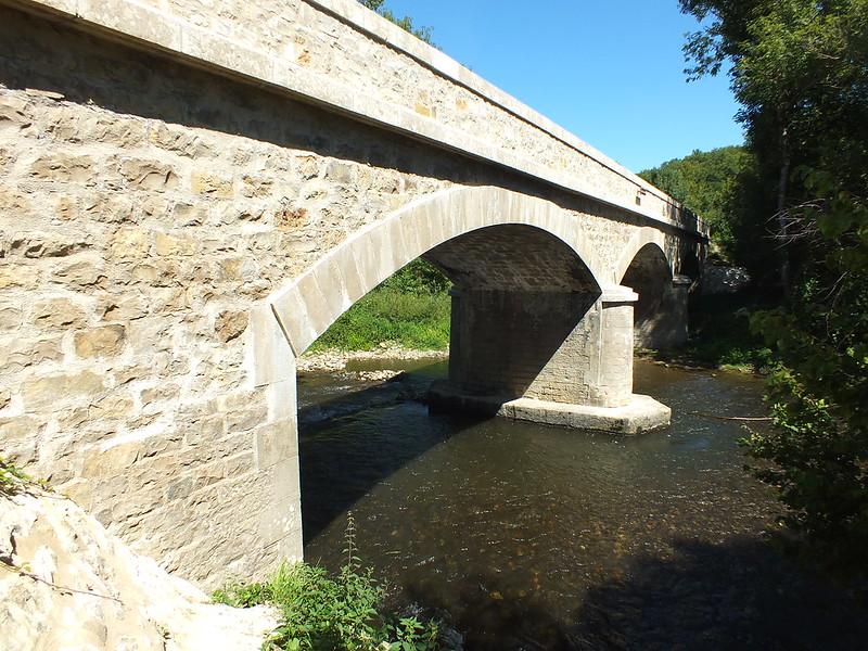 [052-006] Camboulit - Le pont du Coustal