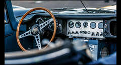 Jaguar E-Type Roadster - Photo of Courmont