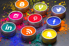 Social Media Icons in Powder Tins