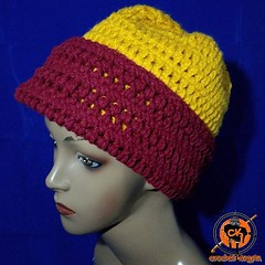 Washington football beanie. Get one. Keep your ears warm as you cheer for your squad. Can also go for Gryffindor. DM for inquiries. . . . . . . . . . #sale #crochet #quidditch #hat #fallfashion