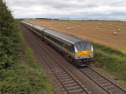 9003 on 1230 Belfast-Connolly north of Gormonston 28-Aug-08