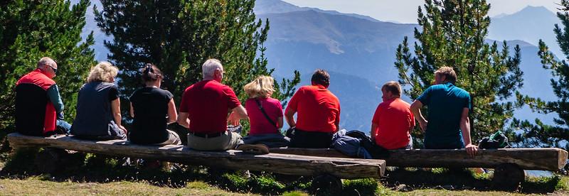 Wandergruppe am Panoramaweg Schöneben-Haideralm