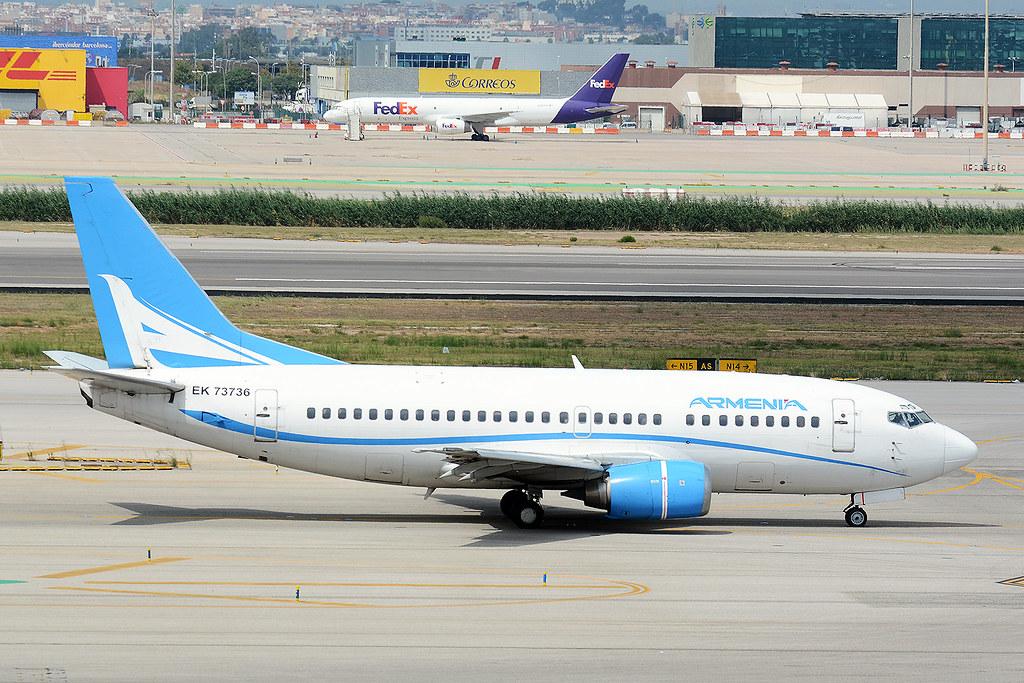 AIRCOMPANY ARMENIA EK73736 BOEING 737-500 BCN/LEBL