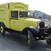 Pirou : antique camionnette Citroën de pêcheur