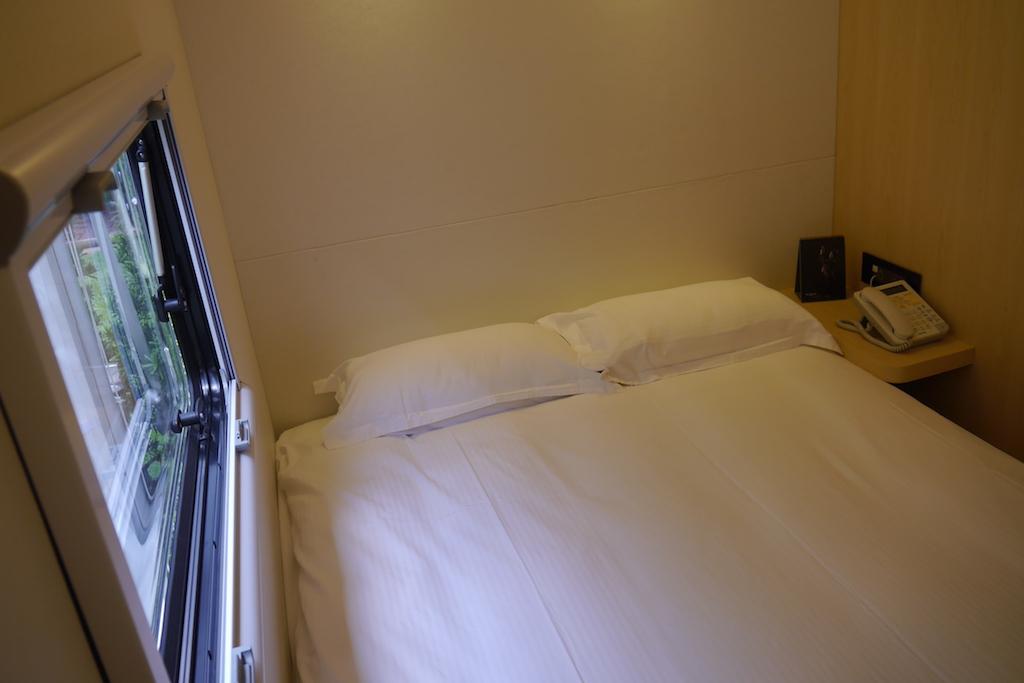 P1170631 雙人床