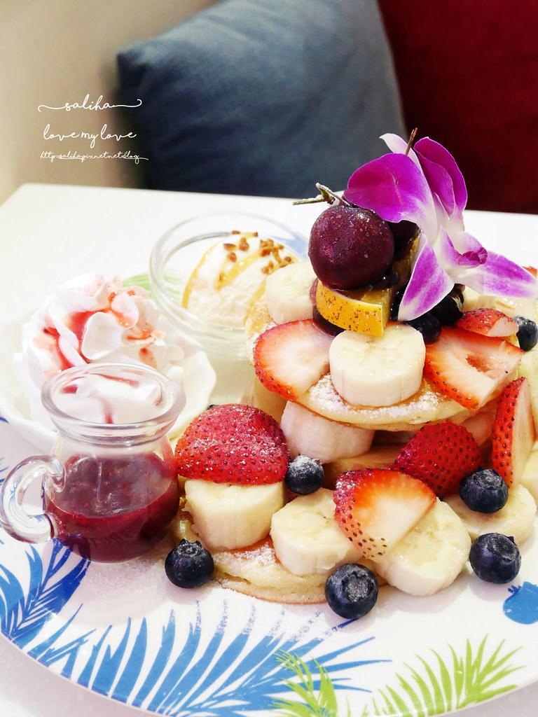台北西門站必吃夢幻甜點鬆餅下午茶oyami cafe咖啡館 (3)