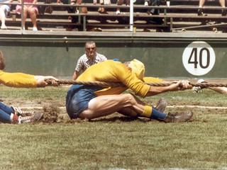 1981 TWG Sports Tug of War 4