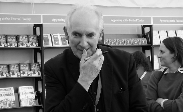 Edinburgh International Book Festival 2018 - Alan Lee 04