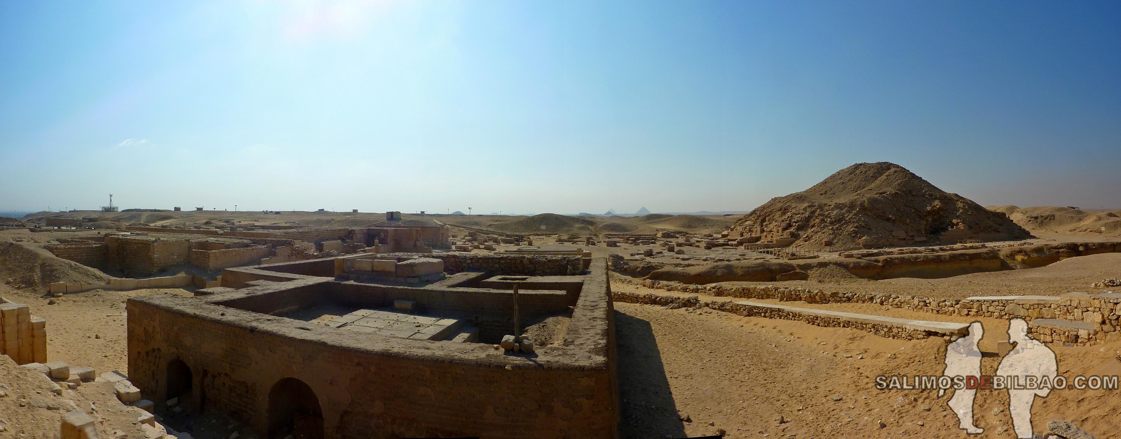 0313. Pano, Pirámide en el Complejo de la Pirámide escalonada de Zoser, Saqqara