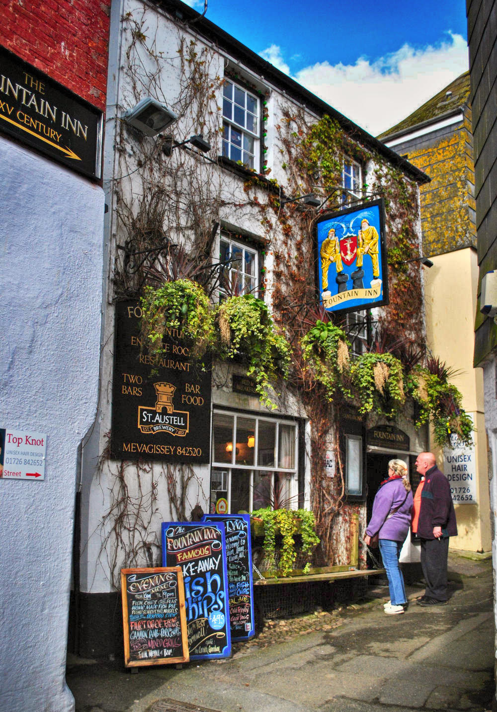 The 15th century Fountain Inn, Mevagissey, Cornwall. Credit Baz Richardson, flickr