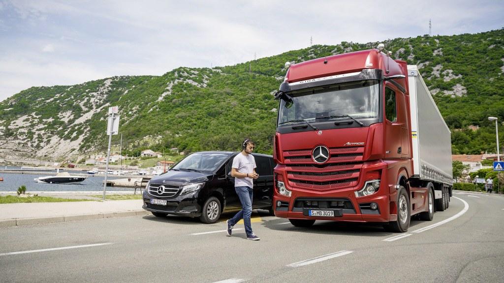 Mercedes Actros Premiera 8