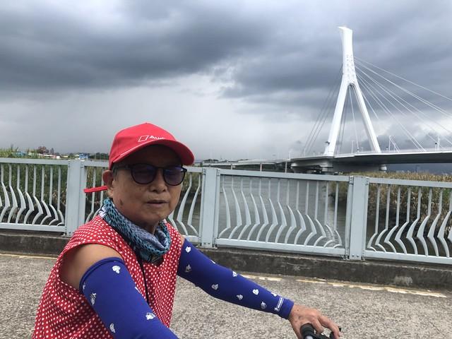 延平北路五段,關渡騎自行車 (13)