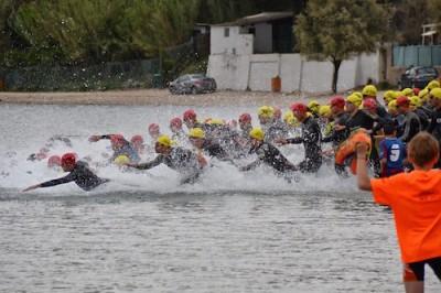 Départ-vélo-triathlon-Marettes-Vitrolles-400x266