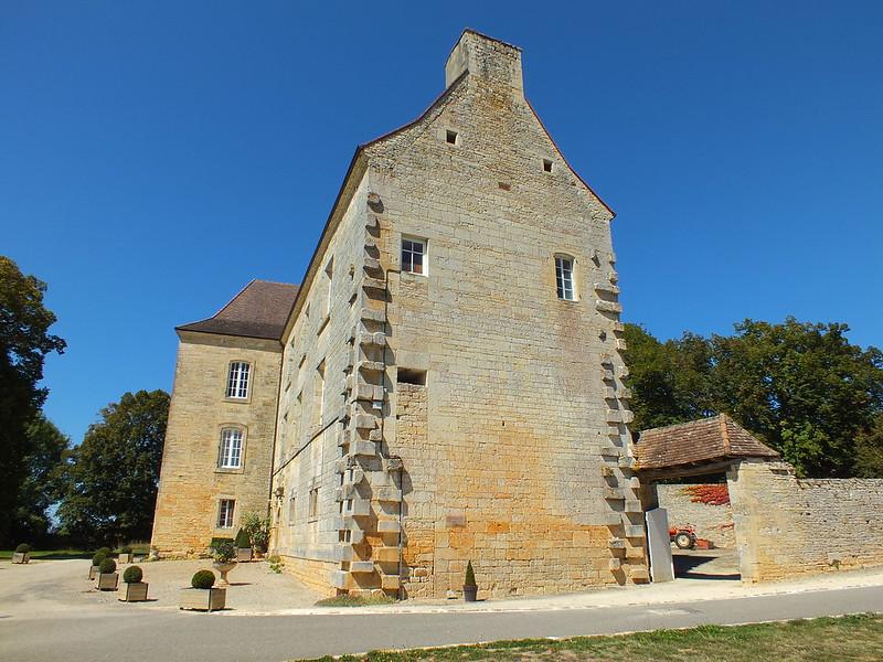 [164-002] Lavercantière - Château de Lavercantière (bourg)