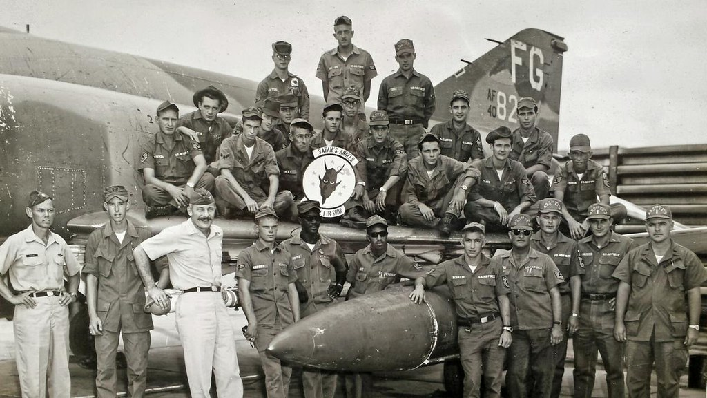 Members Of The 433 Tactical Fighter Squadron 8th Wing With Their Commanding Officer