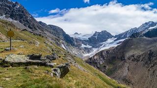 Weißkugelhütte (2.544 m) im Langtauferertal