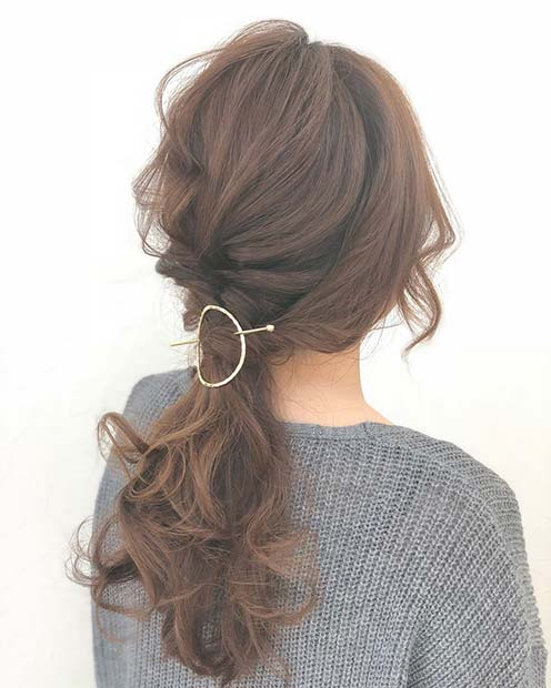 Best NYE Updo Ideas 2019 For Women- Awesome Hairstyles 10