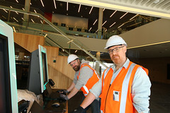 IT staff with self-issue machines, Tūranga