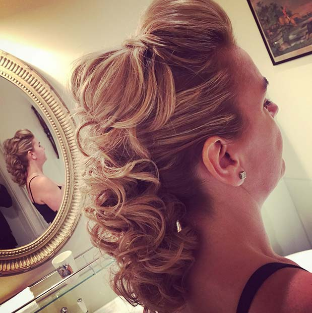 Best NYE Updo Ideas 2019 For Women- Awesome Hairstyles 11