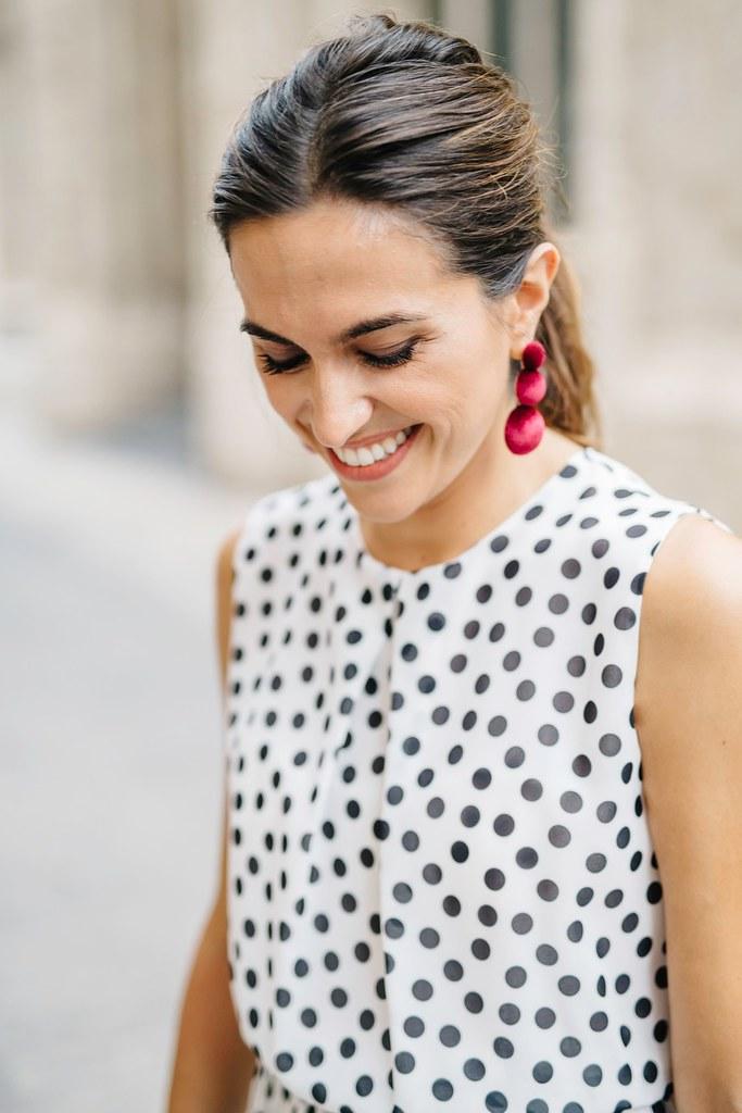 Look Invitada lunares_ Rojo Valentino Blog (7)