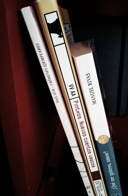 3 libros de relato breve estantería
