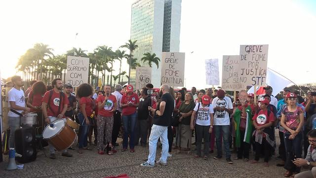 Grevistas de fome e movimentos populares voltam ao STF para cobrar votação das ADCs