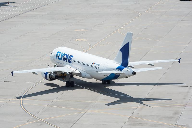 Airbus_A319-112_ER-00002_FlyOne_011_D703982