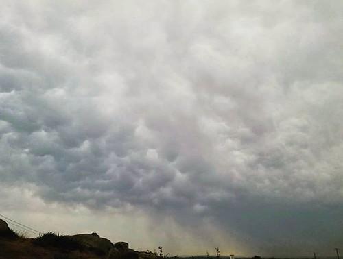 Cielos tormentosos. #stormyskies #clouds #coruña #phonephoto #nubes #storm #treboada