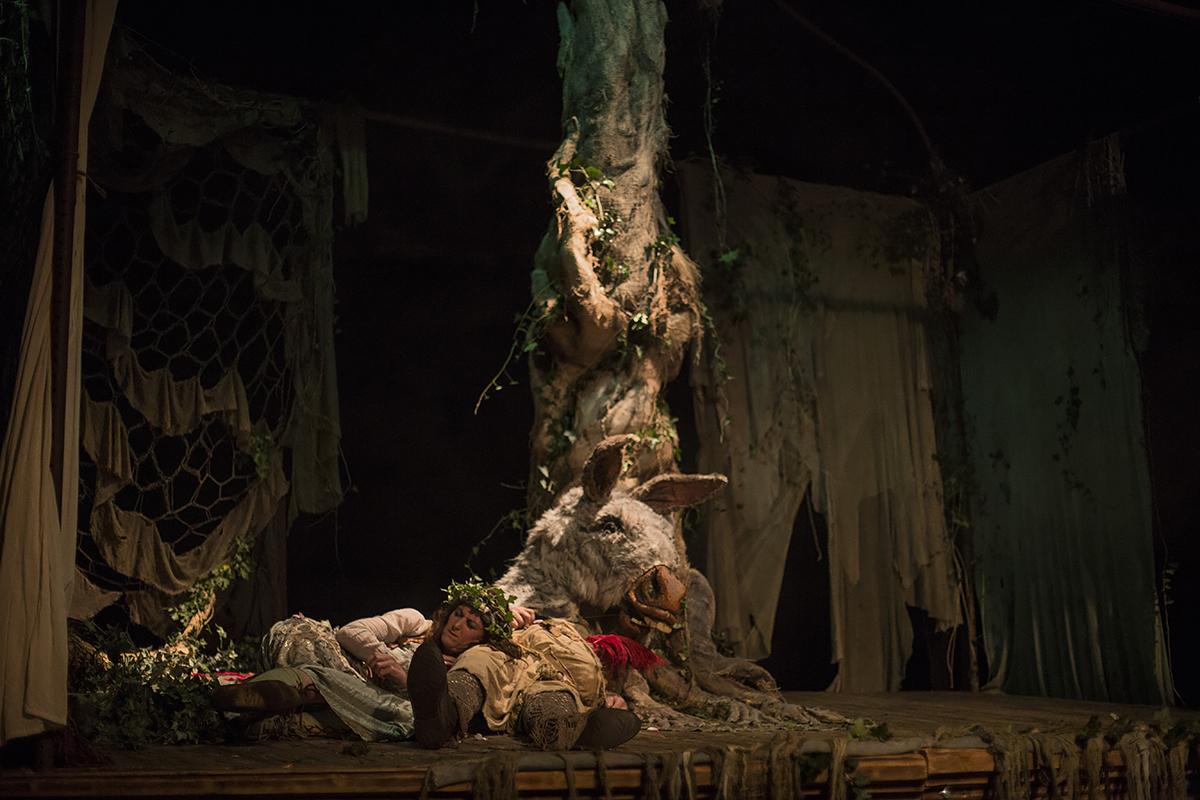 Footsbarn Travelling Theatre