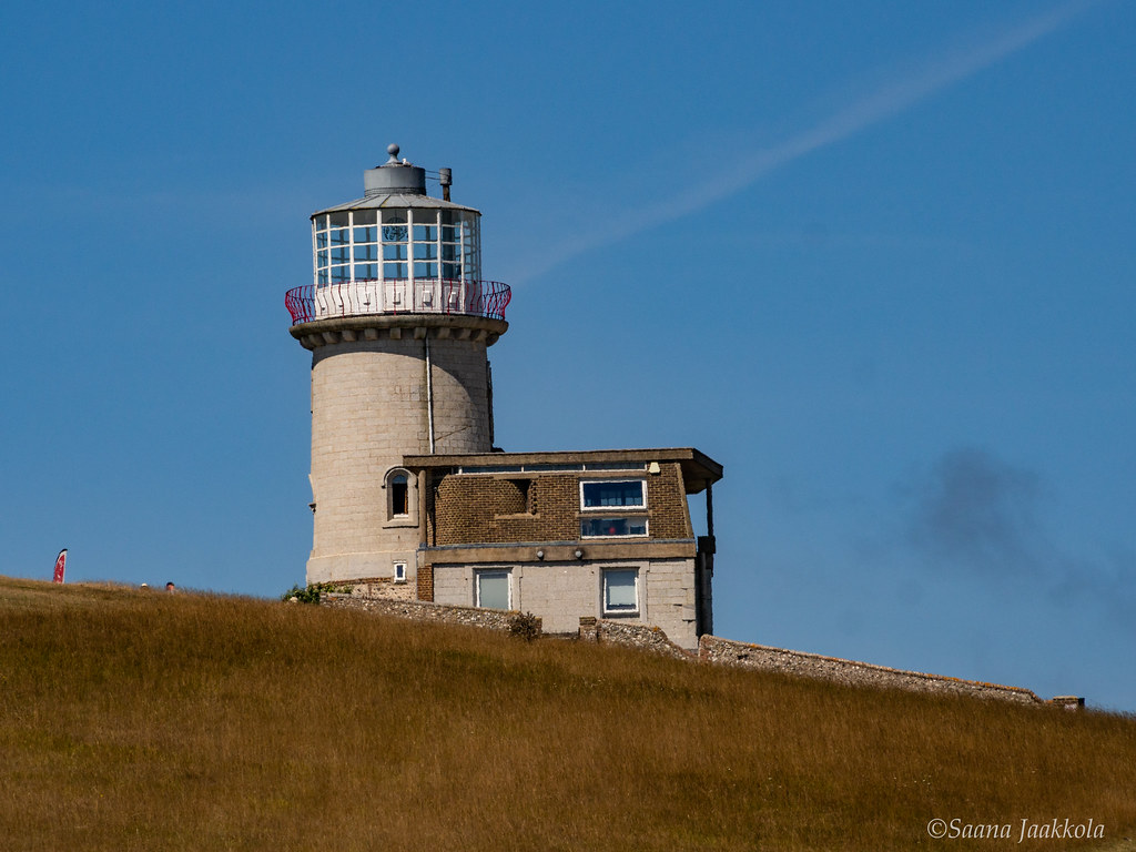 What to see in Southern England? Belle Tout Lighthouse, Beachy Head, Eastbourne