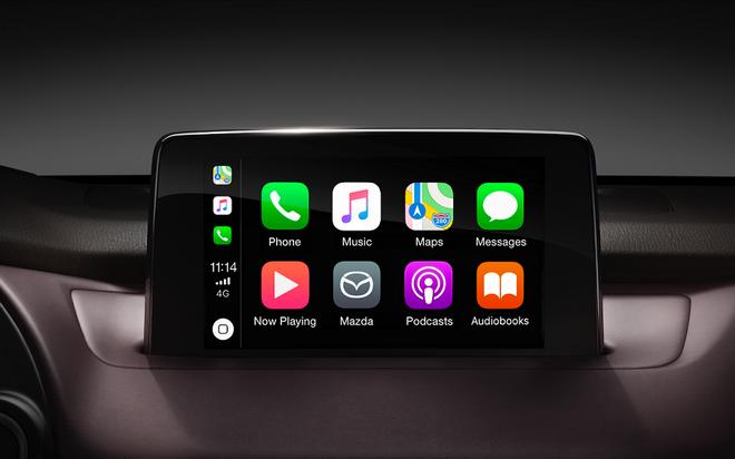 台灣馬自達汽車宣布,即日起旗下所有車款,將全面支援Apple CarPlay串聯iPhone,並將以新台幣1萬元供車主選配。(圖為2019年式MAZDA CX-9中央資訊顯示幕)