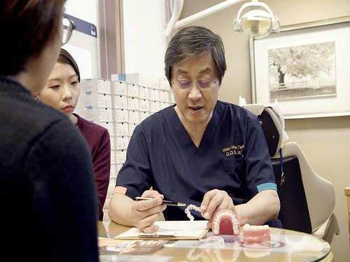 一週5天只做齒顎矯正的台中上誠牙醫診所,開業20多年慕名患者始終絡繹不絕...