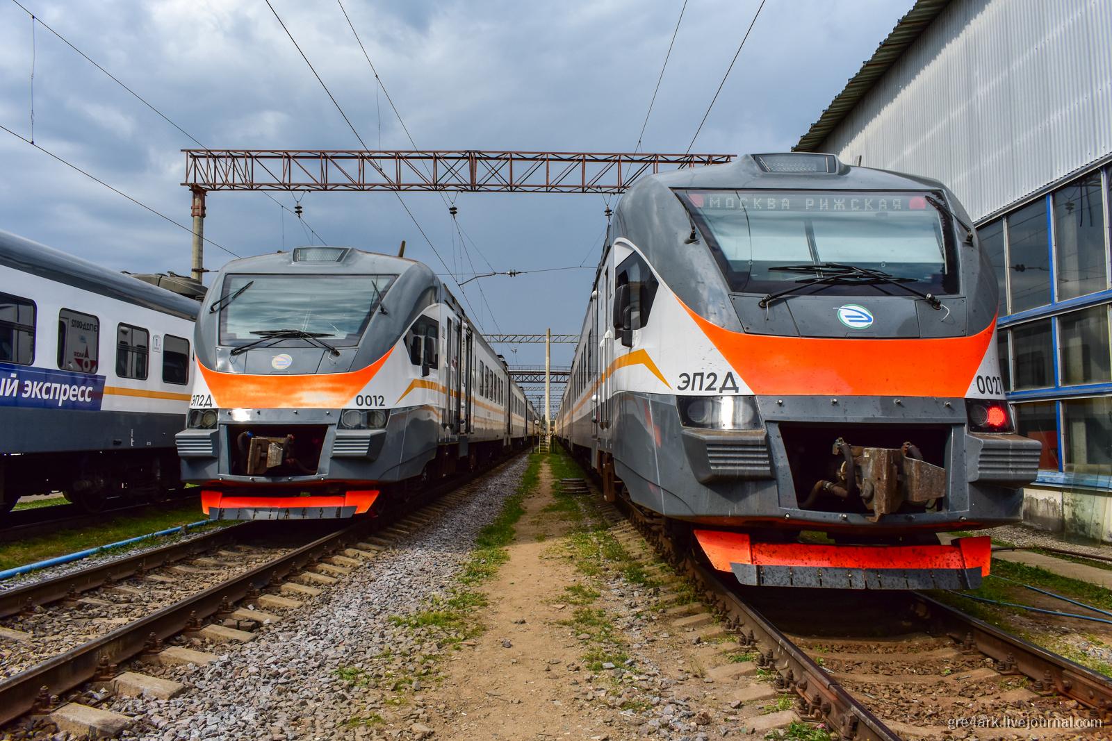 Когда езда на поезде перестанет быть отдельным кругом ада? общественный транспорт