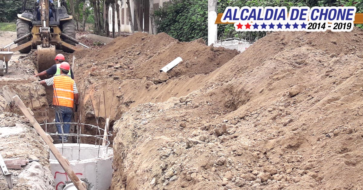 Avanza construcción de alcantarillado en Cdla. San Rafael