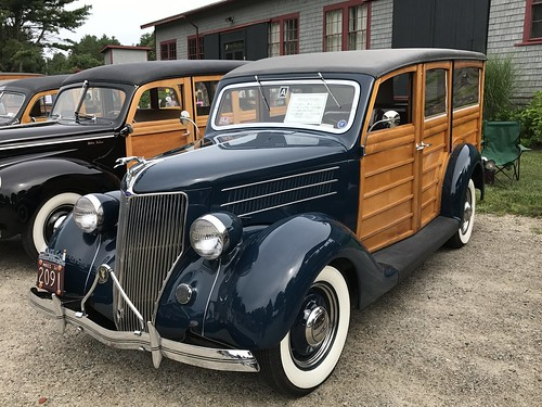 Ford woodies