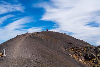 薬師岳(岩手山頂)へ