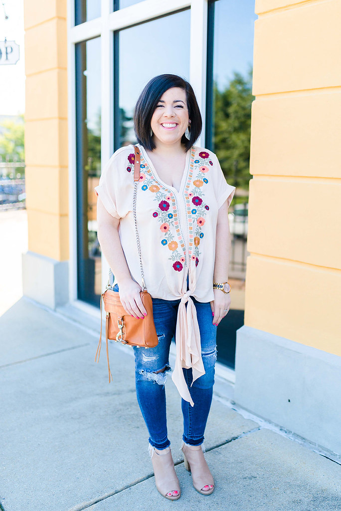 Embroidered Top-@headtotoechic-Head to Toe Chic