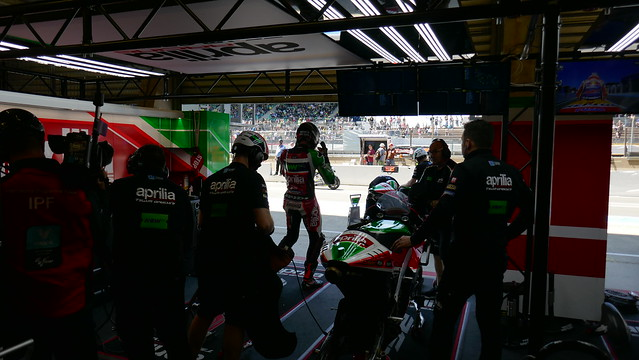 Aprilia garage