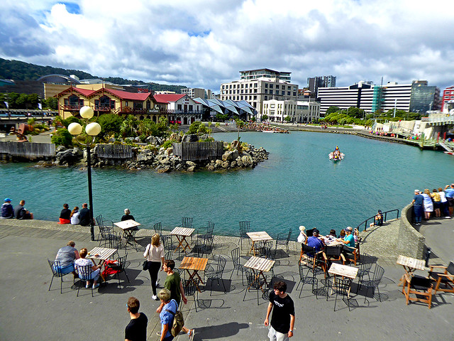 Whairepo Lagoon  is nested beside Jervois Quay and provides a launching bay for both the Star Boating club and Wellington Rowing Club, as well as events such as the Wellington Dragon Boat Festival, but importantly provides a great recreation area along Wellingtons Waterfront walk