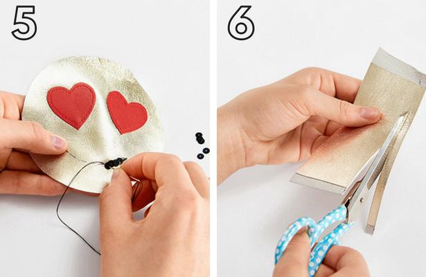 Emoji Purse Steps 5 6