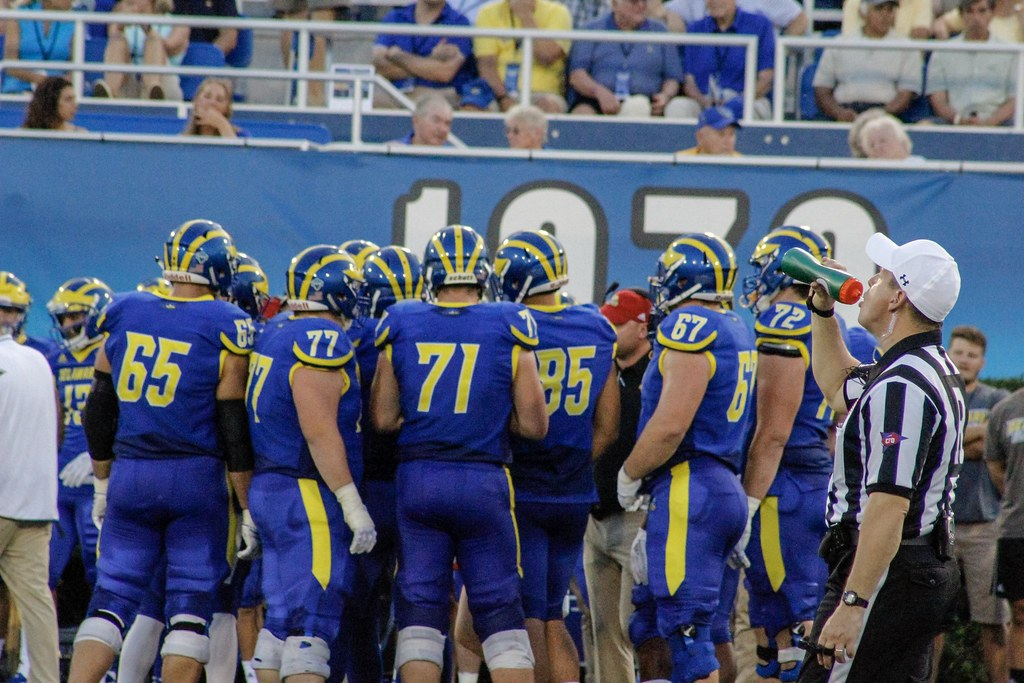 Blue Hens look to their rivalry game against Villanova to secure playoff berth