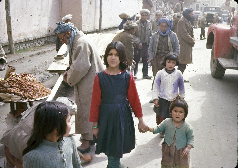 Color Photos of Afghanistan in The 1960s by Bill Podlich (28)