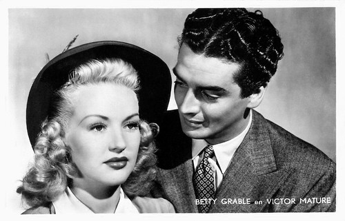 Betty Grable and Victor Mature in I Wake Up Screaming (1941)
