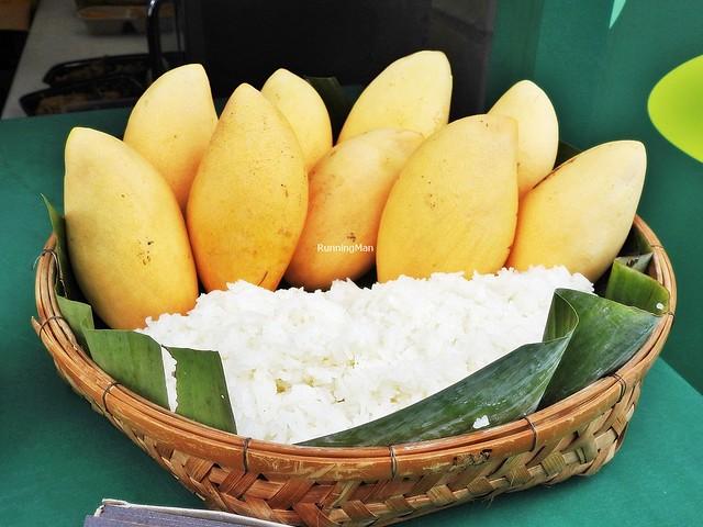 Honey Mango & Uncooked Sticky Rice