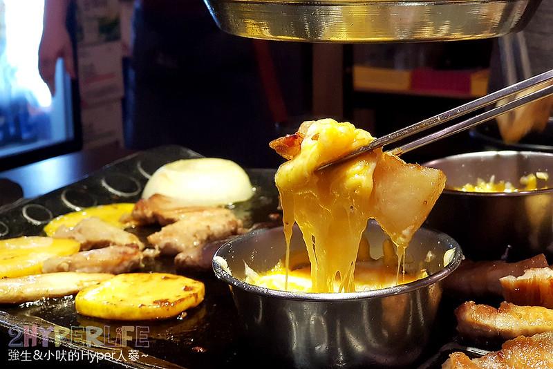 43351097145 ba45302c44 c - 火板大叔│韓國烤五花肉加起司超對味!台中北區高評價韓式烤肉,記得預約不然很容易吃不到哦!