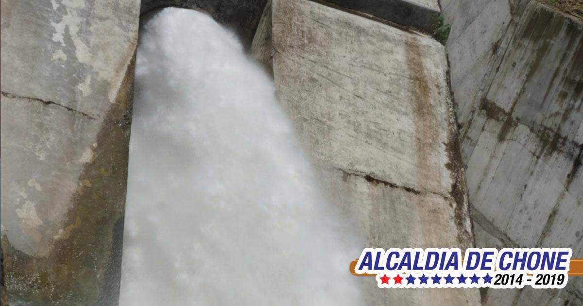 Se inició descargas del caudal de la represa Río Grande