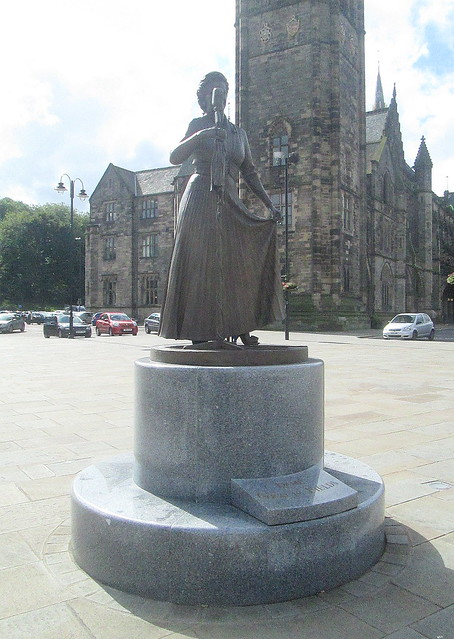 Reverse Angle Gracie Fields Statue,