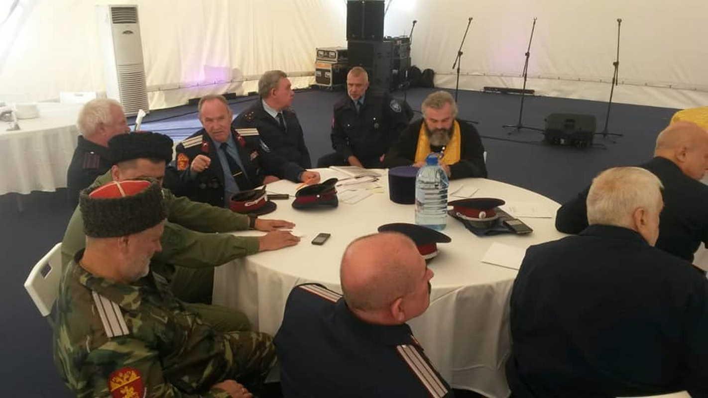 Войсковой священник Центрального казачьего войска принял участие в VIII Международном фестивале «Казачья станица Москва»