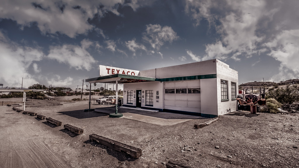 Take Me To The Closest Gas Station >> Take Me To The Gas Station Love Casinos Indian Reservati Flickr